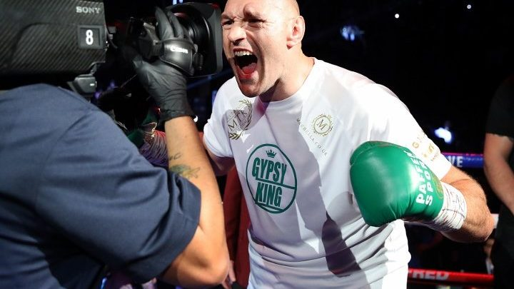 """Parker Tabs Tyson Fury as """"The Best Heavyweight of Our Era"""""""