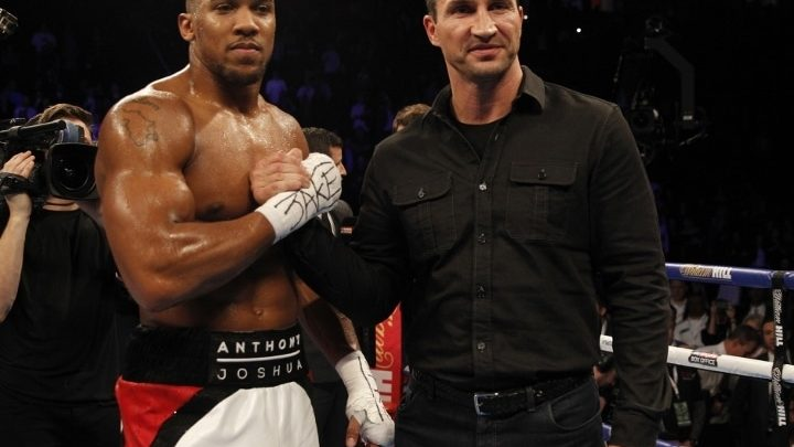Joshua Would Love To Have Mayweather, Klitschko in Camp For Fury Fight